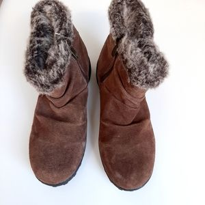Khombu Brown Suede Leather Faux Fur Trim Boots